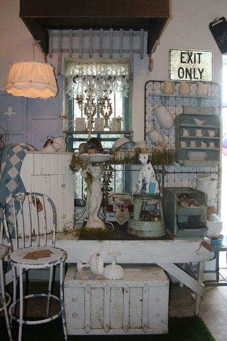 Vintage Vignette - Photo from Ms. Mac's Antiques - occasional store in Carver, Minnesota