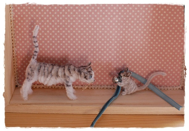 Pipe Cleaner  Cat(gray tabby) and mouse   - Bell the cat -. $54.00, via Etsy.