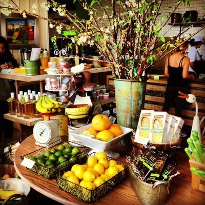 Organic cafe and juice bar (Greenleaf Gourmet Chopshop via Yelp)