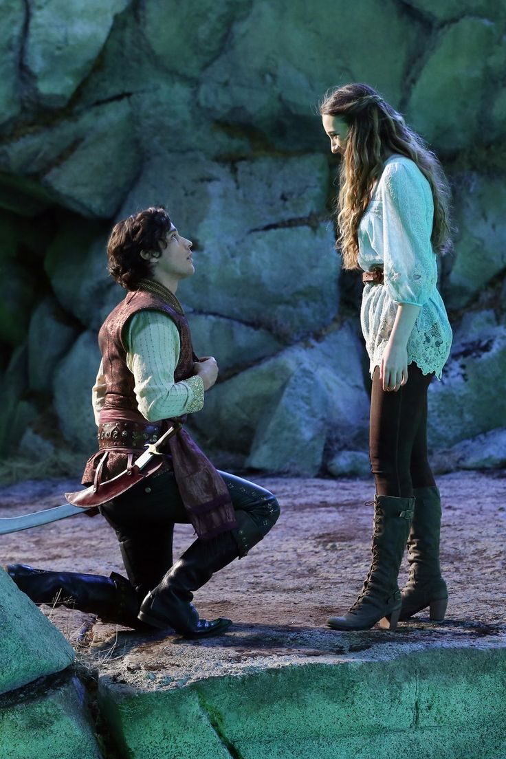OUAT In Wonderland - First Look