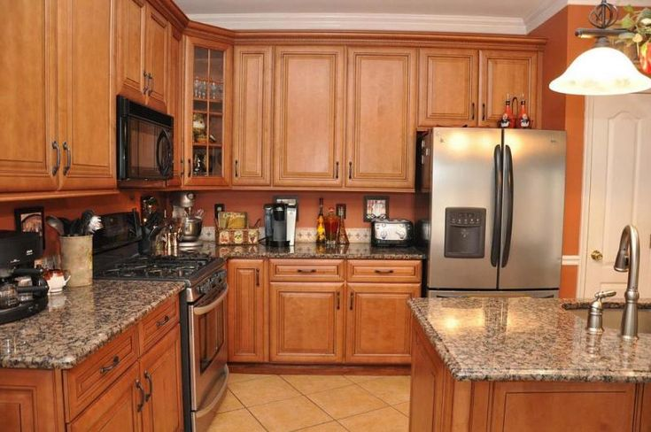 Honey Oak Cabinets with Orange Wall | Kitchen Ideas ... on What Color Granite Goes With Honey Maple Cabinets  id=98786