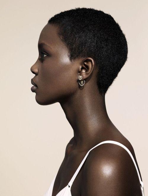 lamusenoire: Model Aliane Uwimana Gatabazi