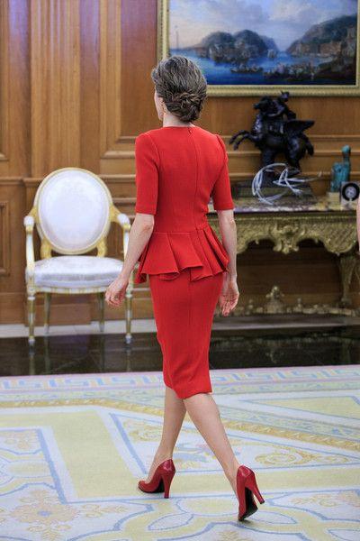 Queen Letizia of Spain Photos - King Felipe of Spain Meets World Figure Skating Champion Javier Fernandez - Zimbio