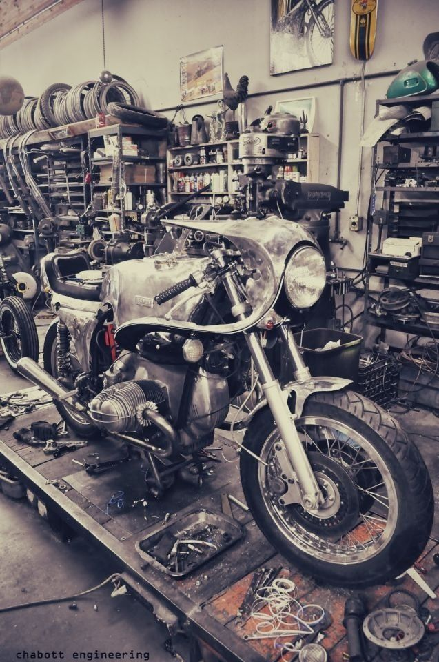 512 best bmw cafe racers images on pinterest motorcycles bmw cafe racer and cafe racers. Black Bedroom Furniture Sets. Home Design Ideas