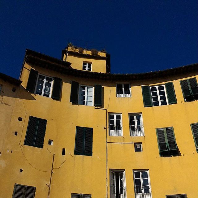 #lucca #italy #blue #yellow #nofilter #smartphone #colorful