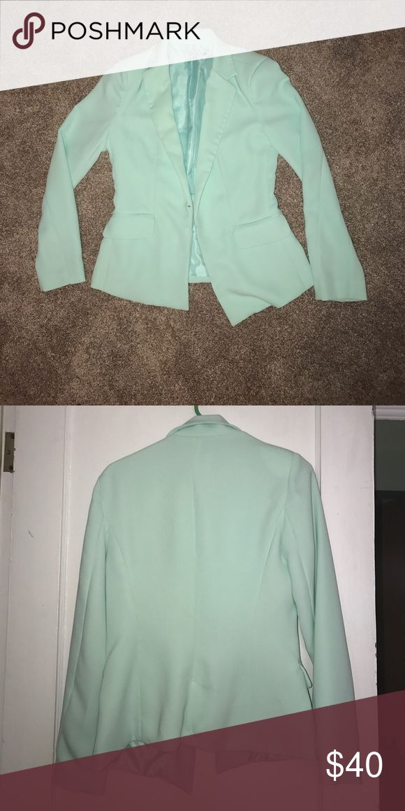 Mint Green Blazer Mint green longer in length blazer. Only worn once. Perfect color for spring/summer work outfit. JustFab Jackets & Coats Blazers