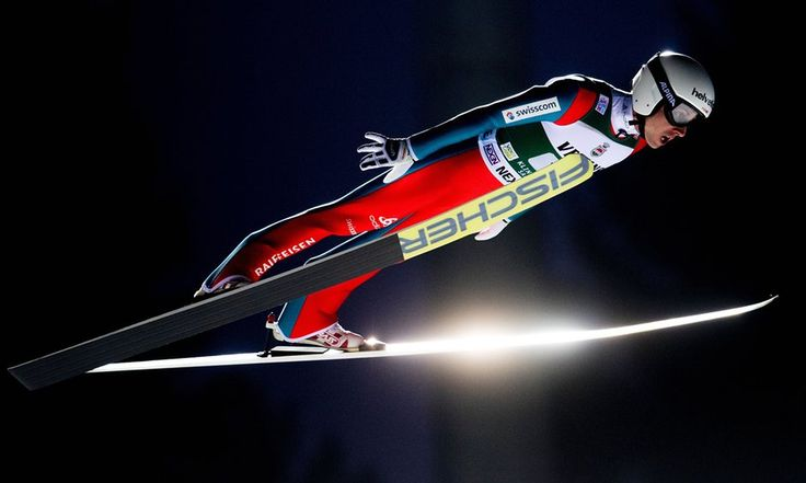 Simon Ammann in Klingenthal, 2016 - by Robert Michael/AFP/Getty Images