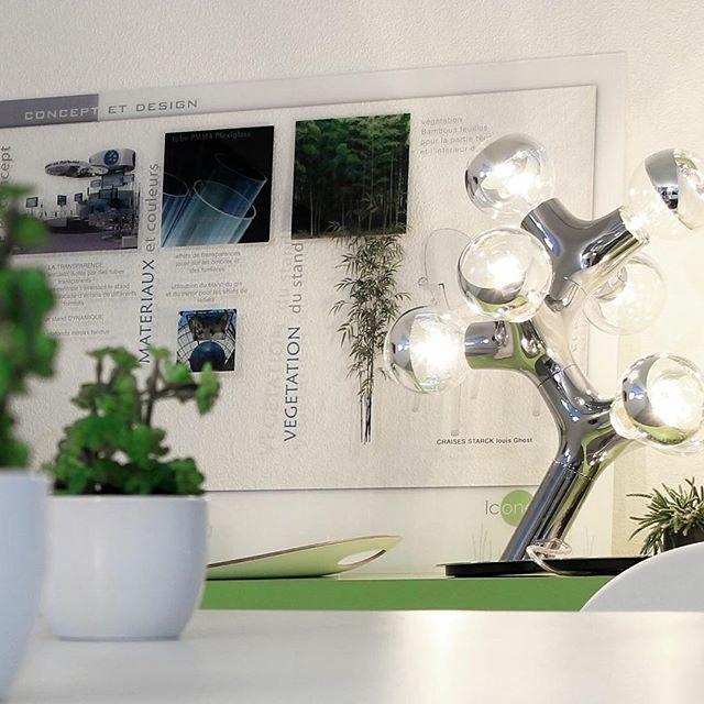 Organiske former, dekorative lyssætninger og kreativt design er nøgleord der beskriver DNA fra Next. Lampen DNA table er perfekt til det kreative hjem, hvor der leges med former og materialer 😊 #nexthomecollection #decorate #interior #style #musthave #designerlamper #dnalamp
