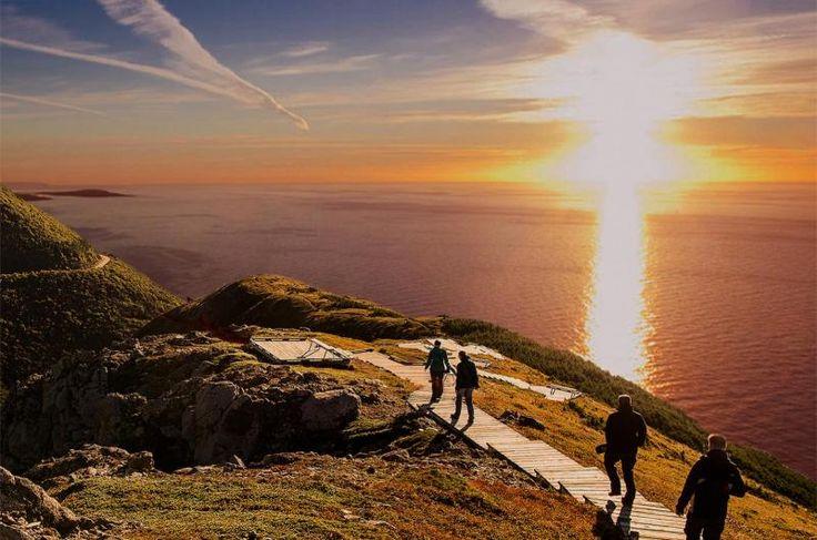Skyline Sunset Hike - Cape Breton Highlands National Park   novascotia.com