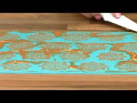 ▶ Learn How - Claire Bowman Cake Lace - YouTube Awesome tutorial!!!  Must try Chantilly lace