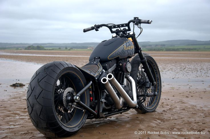 Custom Harley-Davidson Rocker Bike Build, BLACKBIRD | Rocket Bobs