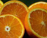 Orange halves are one of orioles' favorite foods.