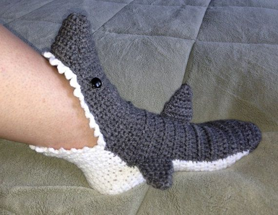 Crochet Shark Slippers>>>>dude i want these!