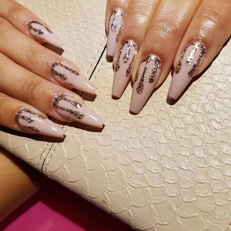 47 Gorgeous Rose Gold Nail Design Summer  for Pretty Brides