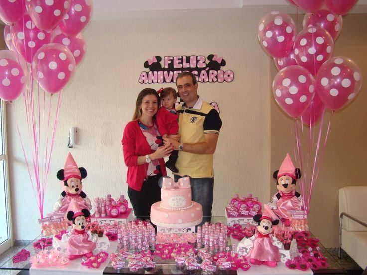 Bouquet composto por balões duplos: Polka de 11 polegadas Qualatex + Rosa Pink (Sempertex) Créditos: Balões: Balão Cultura Decoração: Fabiana Cavallini  www.boxbalao.com