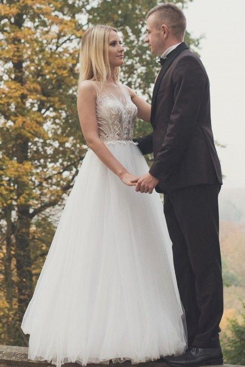 fb03ae50 Suknie - Suknia ślubna firmy MARIFELD model Carmelin r.34/36+ welon - 2  000,00zł