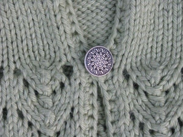 Rose Lace Knitting Pattern Free : 1000+ images about Knitting - baby singlets/vests on ...