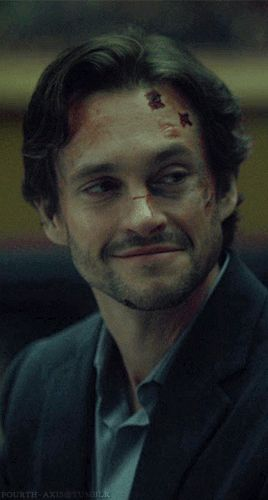 Hugh Dancy as Will Graham in Hannibal (loooove the way he smiles!)