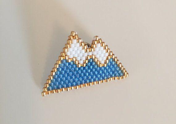 Broche Pin's Montagne en perles Miyuki Handmade par Mycurious