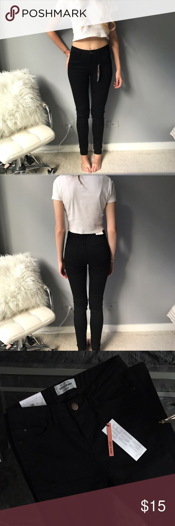 New Look TALL Black Skinny Jeans NWT! Selling because I missed the return window and they are too long on me. Bought from ASOS. PLEASE NOTE: the U.K. sizing on the tags pictured :) New Look Jeans Skinny