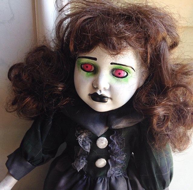 Bastet2329 Ooak Creepy Mourning Doll Brown Hair Green