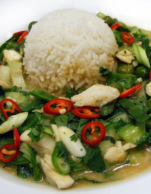 Thai Yellow Curry with cod by FotoosVanRobin, via Flickr. Thaise gele curry pasta zelf maken