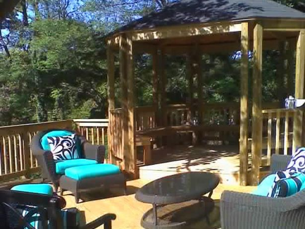 - 20 Ways to Create Instant Shade for Your Outdoor Room on HGTV.... I love the color scheme on the chairs
