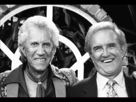 Porter Wagoner (Talks about Dolly Parton!) - YouTube