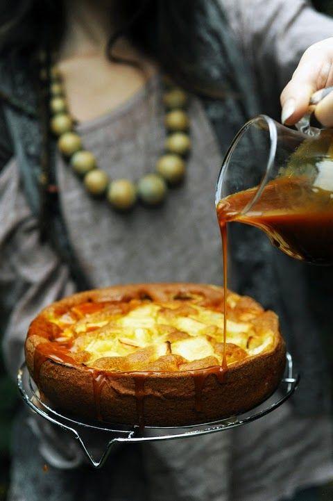 Gâteau aux pommes et cidre au caramel au beurre salé et au… cidre !!! - Apple cake with cider salted butter caramel!
