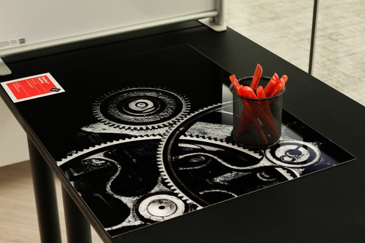 EganAero DeskPad with custom EganINK