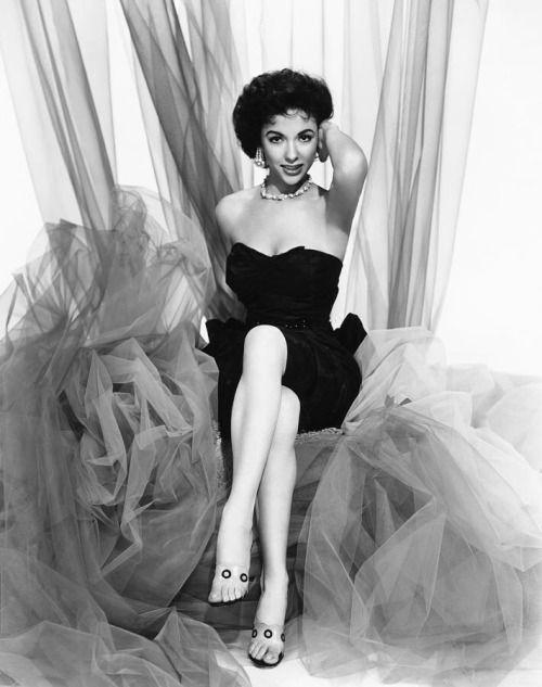 Rita Moreno, 1955
