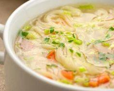 Soupe rassasiante de nouilles aux poireaux:http://www.fourchette-et-bikini.fr/recettes/recettes-minceur/soupe-rassasiante-de-nouilles-aux-poireaux.html