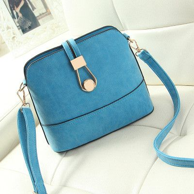 A Formal Look It Will Never Be Complete Without Cute Handbag So Try On Our Small And Make Everyone At Your Office Jealo