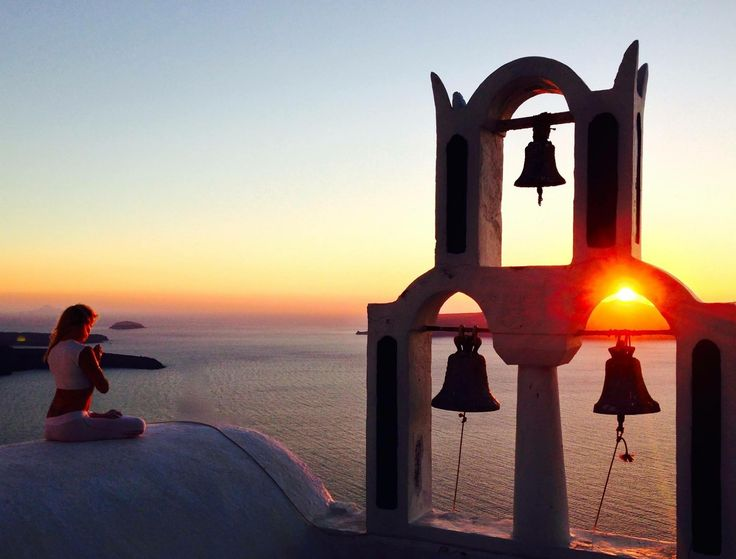 Spectacular sunsets. Oia, Santorini island, Greece - selected by www.oiamansion.com