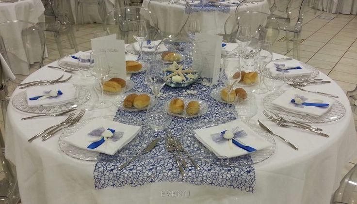 Matrimonio in stile marino. Tavoli del ricevimento nuziale raffinati