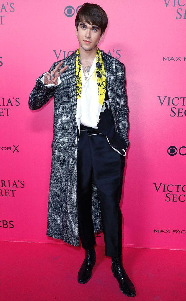 Gabriel-Kane Day-Lewis: Victoria's Secret Fashion Show 2016 Pink Carpet Arrivals - November 30, 2016