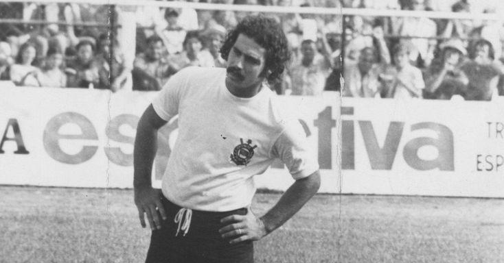 Roberto Rivelino, ídolo do Corinthians, Fluminense e seleção brasileira