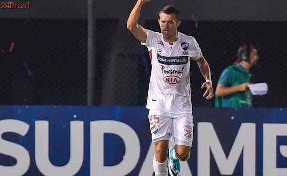 Rodada desta quarta: Corinthians, Santos e Flu se classificam; veja os gols