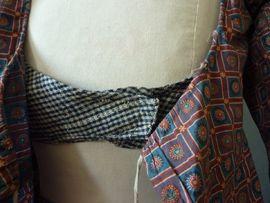 Dutch Printed cotton c1820s shortgown & petticoat, detail of inside bodice