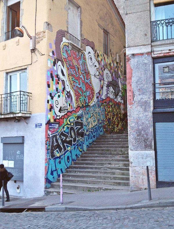 In ogni città c'è un quartiere che per un insieme di svariate ragioni possiamo definire di tendenza. Se vi trovate a Lione e vi siete domandati quale fosse il quartiere in questione, allora avrete già intuito che la risposta, da qualche anno a questa parte, è sempre la stessa: Croix-Rousse.