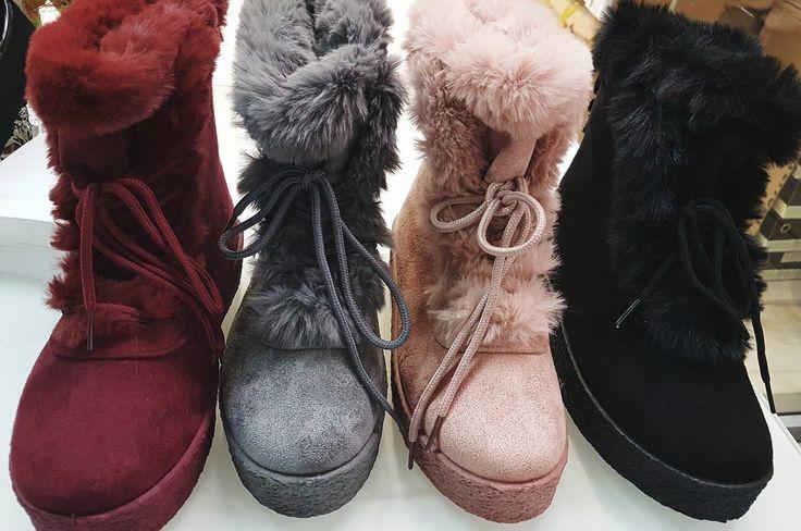 μποτακι καστορι με εσωτερικη επενδυση γουνας και κορδονια χρωματα μαυρο,μπορντο,ροζ και γκρι ΑΠΟ 36-41. ΤΙΜΗ 35ΕΥΡΩ #fashionista #storiesforqueens #handmadecollection #handmade #fashion #μοδα #lovemyboots