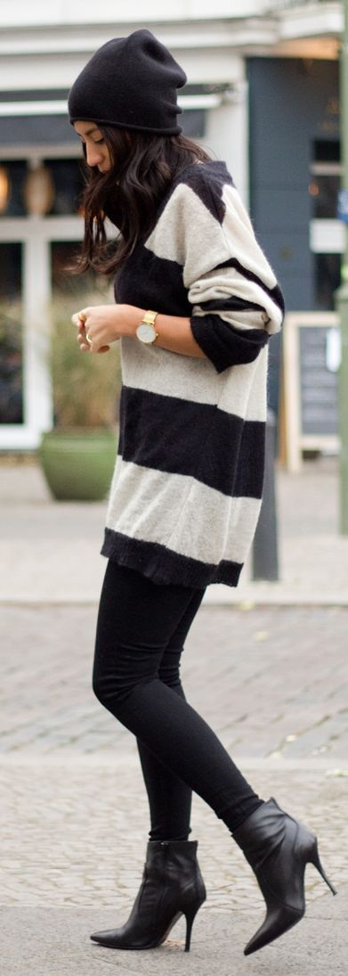 Black And White Stripe Loose Knit Sweater