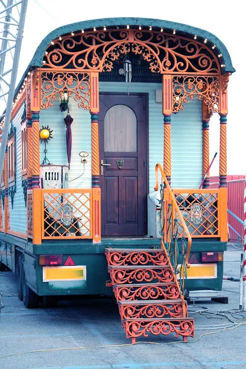 My Bohemian Life| Serafini Amelia| Interior Design| Boho Styling-Vardo Wagon-Gypsy Bus