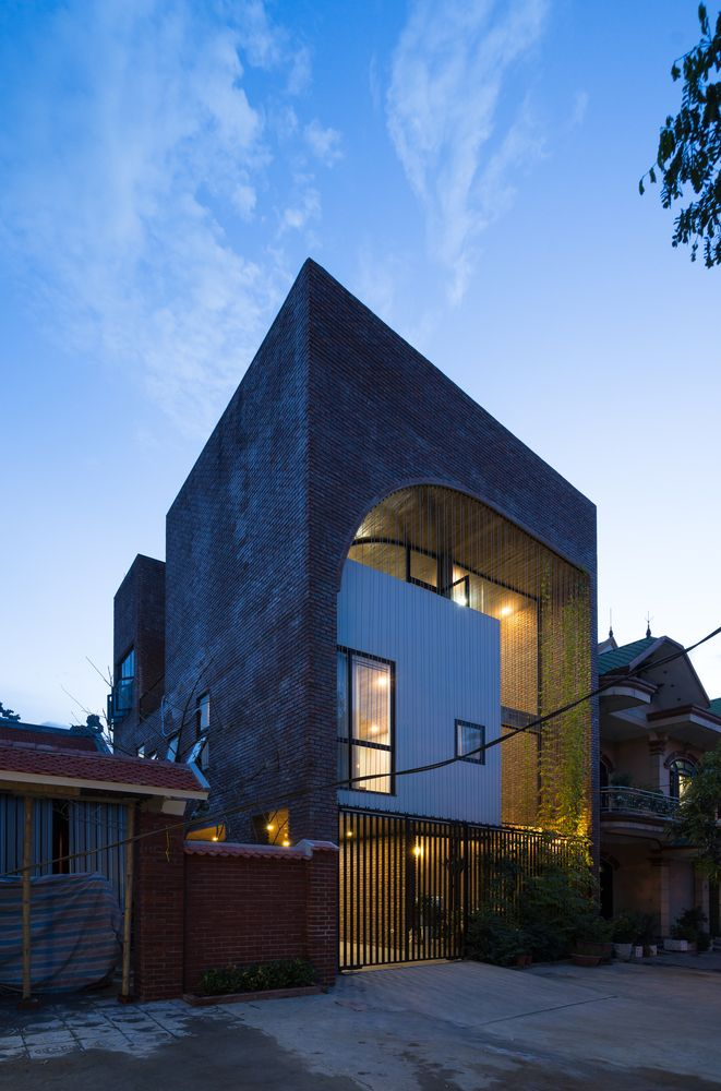 Gallery of V3 HOUSE / TNT architects - 6