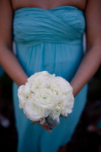 Spring Summer White Bouquet Wedding Flowers Photos & Pictures - WeddingWire.com