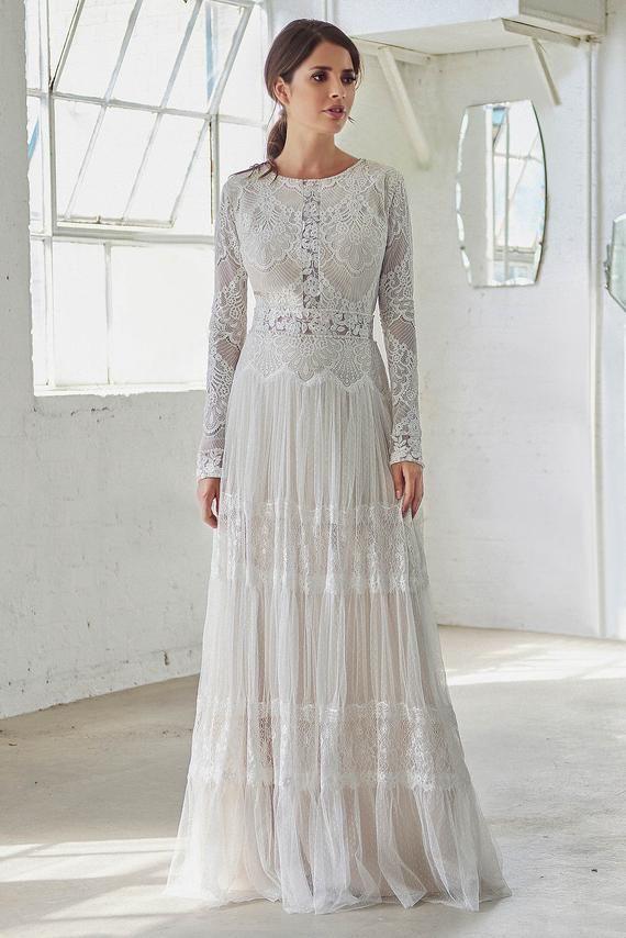 Vintage Boho Wedding Dress With Long Sleeves High Neck Etsy High Neck Wedding Dress Vintage Wedding Dress Boho Unique Boho Wedding Dress