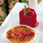 Crème brûlée aux fraises et miel d'eucalyptus - une recette Dessert - Cuisine