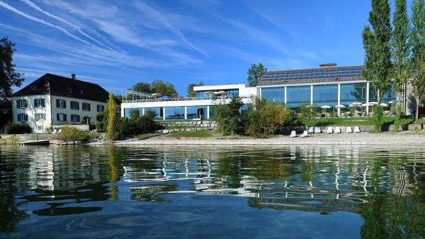 Am Bodensee gibt es viele Unterkünfte. Wir präsentieren zehn von Urlaubern besonders gut bewertete Hotels am Bodensee.