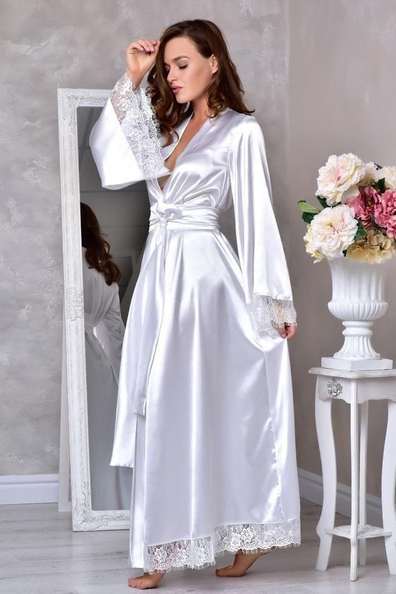 b7a6a758b Branco longo manto de noiva robe de quimono de Casamento Longo laço de noiva  robe nupcial