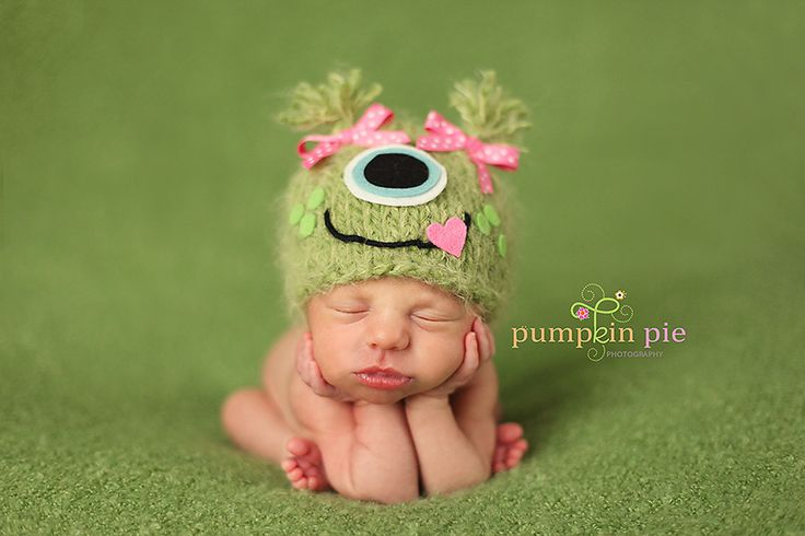 I just bought this from sweetlovecreates.com!!  That's two gorgeous props I have ordered from her...simply fabulous!Newborns Photos, Monsters Beanie, Girls Monsters, Crochet Hats, Monsters Hats, Pigtails Monsters, Cute Baby Girl, Baby Girls, Baby Photos